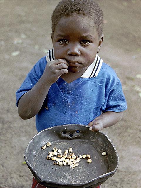 pobrezaemangola